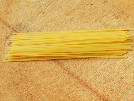 photographies: Spaghetti photo on the wood background