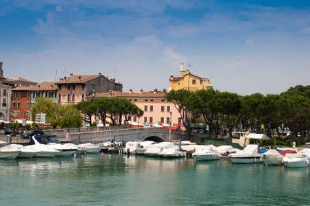 Desenzano del Garda, dorp aan het Gardameer Italië Stockfoto