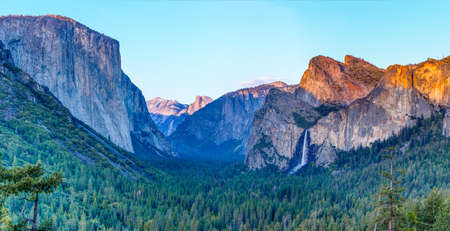 tunnel view: Sunset at a tunnel view at yosemite national park
