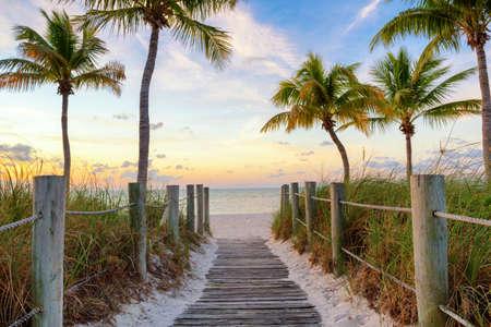 Footbridge to the Smathers beach on sunrise - Key West, Florida Stok Fotoğraf