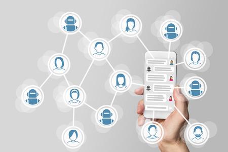 Chatbot Konzept mit Instant-Messenger-Anzeige am Smartphone Standard-Bild - 60322792