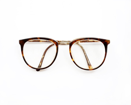 흰색에 고립 된 빈티지 안경
