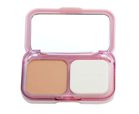 make up brush: Make-up powder in box and make up brush isolated on white
