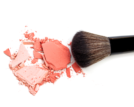 Crushed face powder with brush for background