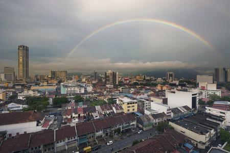 pinang: Rainbow over Penang City