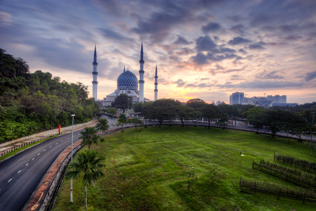 islamic wonderful: Road to Blue Mosque during sunrise