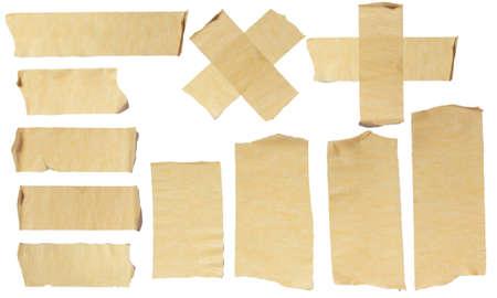 Afbeeldingen van Ripped Afplakband op wit wordt geïsoleerd