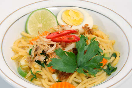 chicken noodle: Asian food Noodle with shrimp stock, chopped chicken and boiled egg