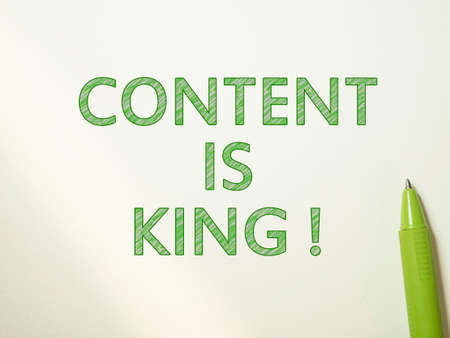 Content is King, internet social media motivation inspirational quotes, words typography top view lettering concept 免版税图像