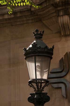 クラウン詳細電気金属街灯