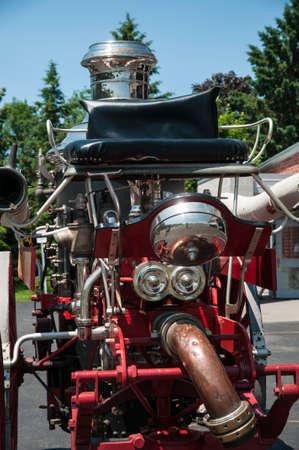 馬に引かれた歴史的消防車 写真素材