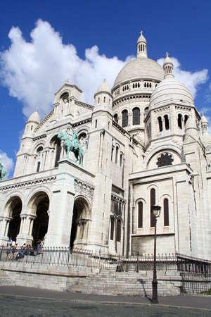 Basilica Sacre coeur, located on Montmartre in Paris, France capital Éditoriale