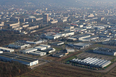 Aerial view of Mantes-la-Jolie, a big town in the Yvelines department (78200), Ile-de-France region, France - January 03, 2010 Banque d'images
