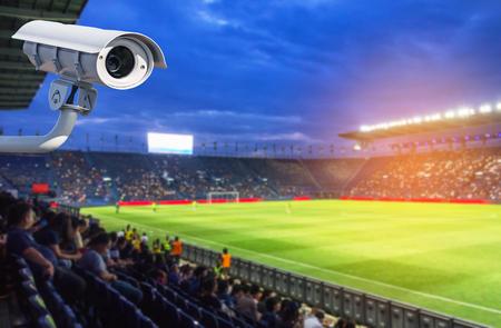 スタジアムでの CCTV または閉回路のテレビセキュリティシステム 写真素材