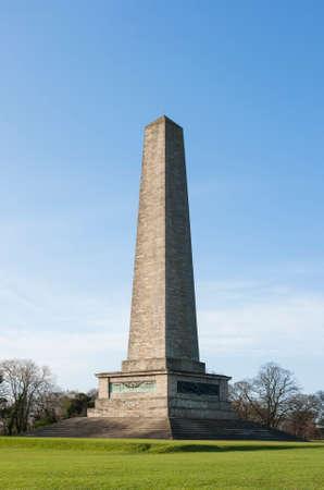 Wellington monument in Phoenix park in sunny day. Dublin, Ireland 免版税图像
