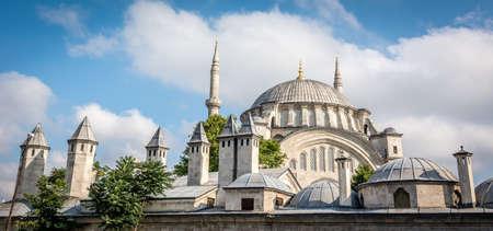 camii: Nuruosmaniye, the mosque beside the Grand Bazaar of Istanbul, Turkey.