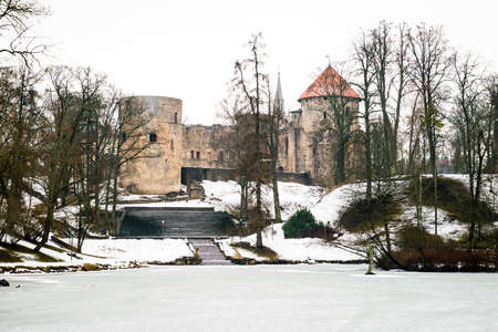 besiege: Cesis Medieval Castle in Latvia, around which in 13th century the city developed.