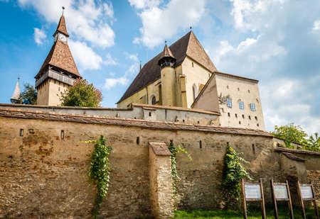 Biertan, Roumanie - Le 18 septembre 2016: village saxon avec église fortifiée en Transylvanie. Château de Biertan en Roumanie Banque d'images - 67537477