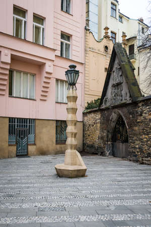 Prague, Czech Republic- February 18, 2018: Cubist Lamp Post in Prague, Czech Republic. Designed by Czech architect Emil Králíček, this lamp post is the only Cubist lamp post in the world. Редакционное