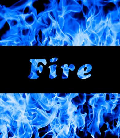 l petrol: Primer plano de las llamas de fuego azul y el espacio para el texto Foto de archivo