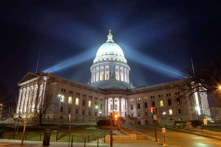 Wisconsin state capital building photo