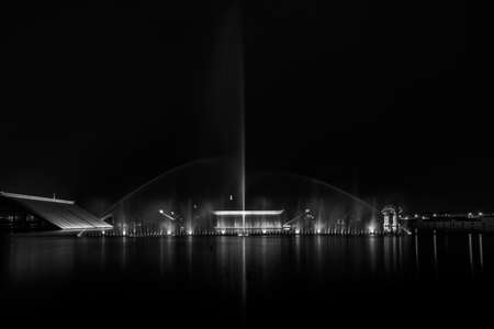 buiding: Fountain under the light at night