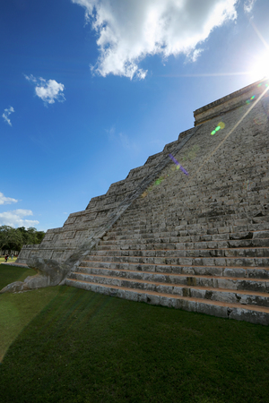 Kukulkan pyramid in Chichen Itza, one of 7 New Wonders in Mexico Stock Photo