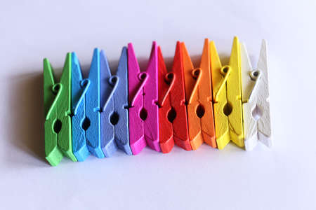 clothespins: Colored clothespins