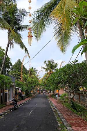 ubud: Typical Balinese Street in Ubud, Indonesia 2016
