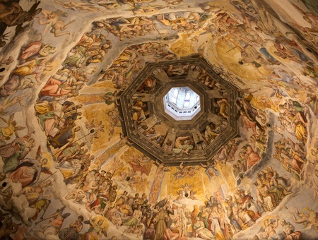 Florence Cathedral: Vasaris paint inside the Brunelleschis Dome
