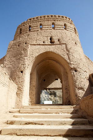 to incorporate: The entrance at the Narin Qal eh Castle, Neybod, Iran Narin Castle is a mud-brick fort or castle  Some of these castles incorporate mud bricks of the Medes period and of the Achaemenid and Sassanid dynasties