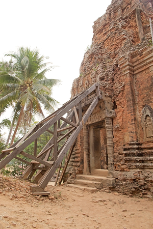 togheter: Lolei temple ruins, Roluos group, Angkor, Siem Reap, Cambodia. Lolei is a temple of the Roluos group built in late 9th century. Lolei consists of four brick towers grouped togheter on a terrace.
