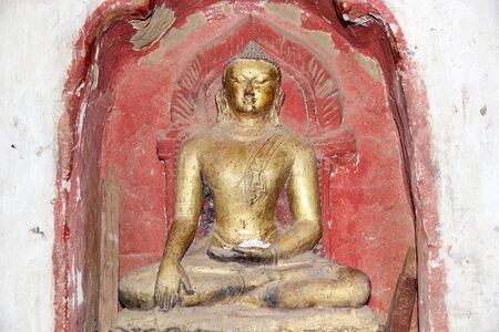 well maintained: Buddha image at the Ananda Temple in Bagan, Myanmar. The Ananda Temple is a buddhist temple built in 1105 AD during the reign of King Kyanzittha. The temple was damaged in the heardquake of 1975 and it has been fully restored and is well maintained.