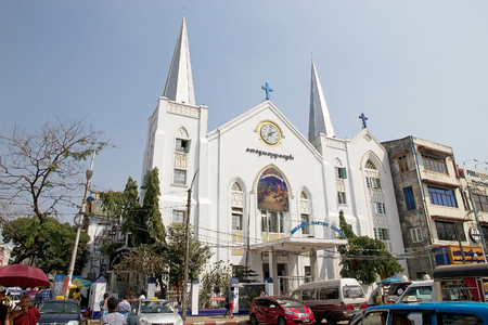 immanuel: Immanuel Baptist church in downtown Yangon, Myanmar. It was built in 1885 by american missionary, it was destroyed during the World War II and it was ribuilt in 1952.