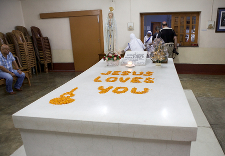 missionary: Mother Teresa tomb at the Missionaries of Charitys Mother house, headquarters, Kolkata, West Bengal, India. Mother Teresa (26 August 1910-5 september 1997) was a Roman Catholic religious sister and missionary. She received the Nobel Peace Prize in 1979.