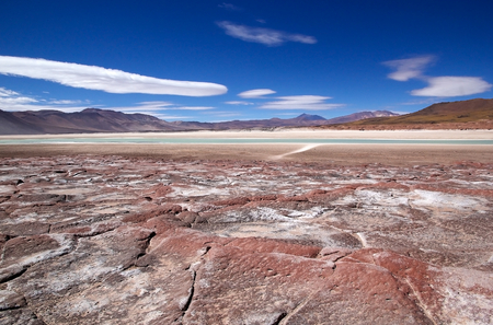 Landscape with lagoon and mountains in the Atacama desert, Chile. Imagens - 71224818