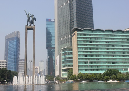 Hotel Indonesia circles traffic, Jakarta, Indonesia Stock Photo - 14418660