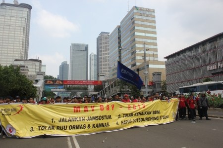 Jakarta, Indonesia, May 1, 2013 - Thousands of workers marched to the Presidential Palace on May Day.