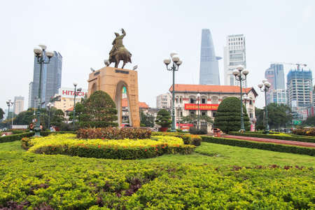 tran: HO CHI MINH , VIETNAM- MARCH 7, 2013 : Tran Nguyen Han statue locate at Quach Thi Trang traffic circle, before Ben Thanh market, the ancient statue existed 1975 at center of city, Viet Nam Editorial