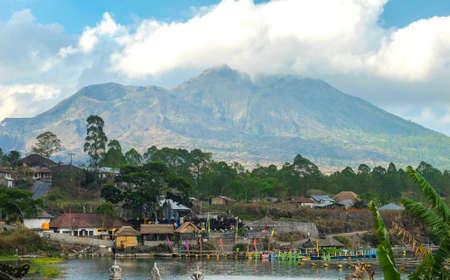 Kintamani volcano and lake, view from  Kabupaten Bangli Village Banco de Imagens