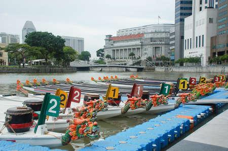 Drakenbootfestival bij de rivier van Singapore, Clark Quay, Singapore