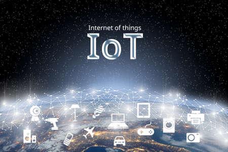 Concept van internet van dingen (IOT) over wereldnetwerk