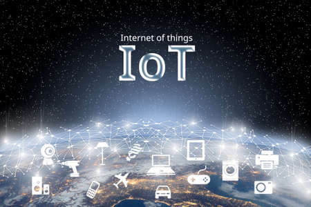 Concetto di Internet delle cose (IOT) sulla rete mondiale