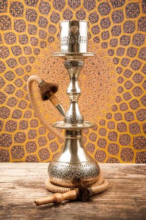 cobre: Tradicional Cobre Hookah Foto de archivo