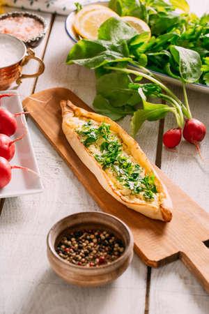 Turkish Traditional Pizza Pita Imagens