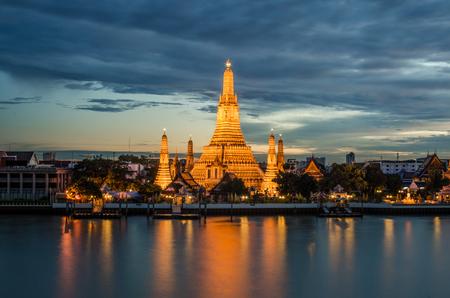 stupas: Wat Arun in Bangkok, Thailand Stock Photo