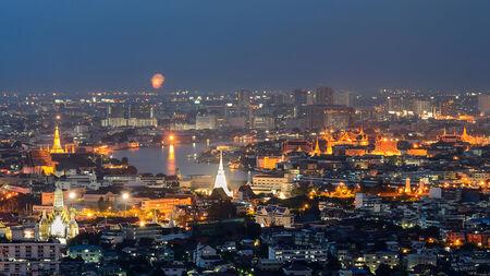 grand palace: Grand palace at twilight in Bangkok
