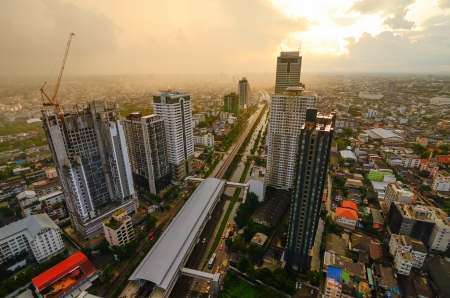 silom: Krung Thon Buri Station and condominium in Sathon Road
