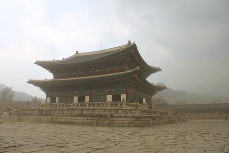 Strom: Gyeongbokgung palace  in strom Editorial