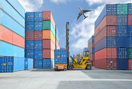 Jeřáb manipulace zvedák kontejner box zatížení na vozík